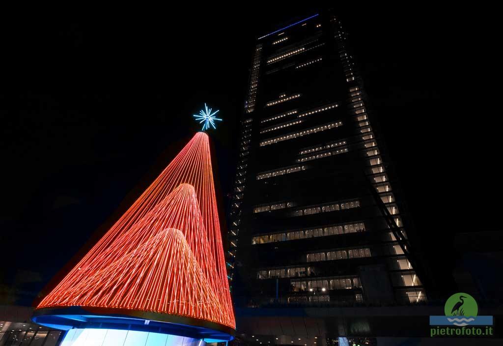 Albero di Natale a Citylife