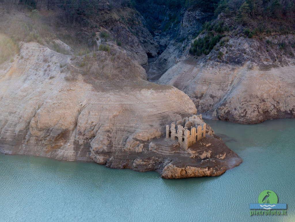 La dogana riemersa del lago Valvestino