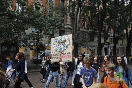 Sciopero per il clima a Milano