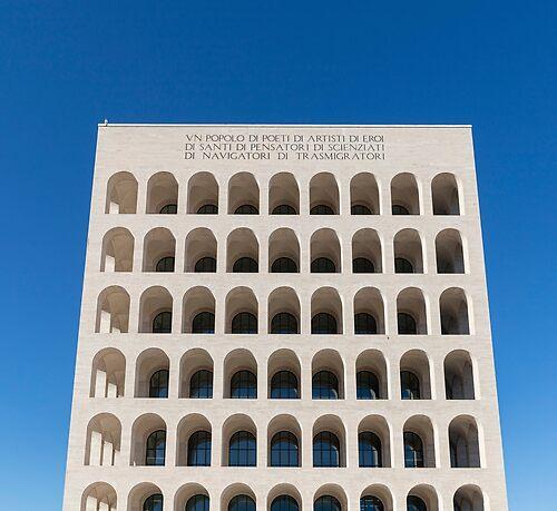 Eur Palazzo della civilta del lavoro