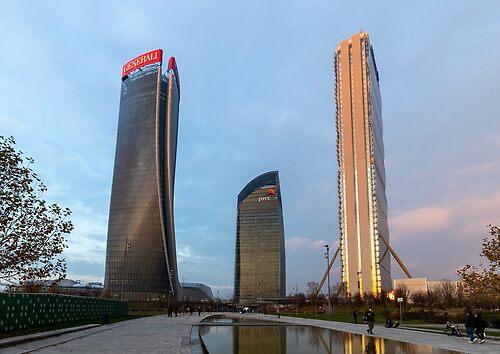 Three skyscraper in Milan